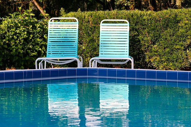 Choosing the Right Plants for Pool Landscaping